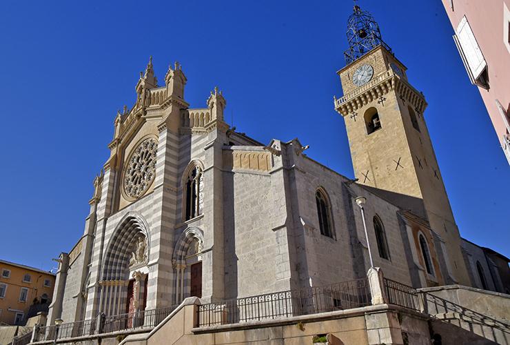 Cathédrale Saint Jérôme à Digne les bains
