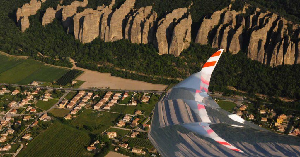 Vol en planeur au-dessus des Pénitents des Mées