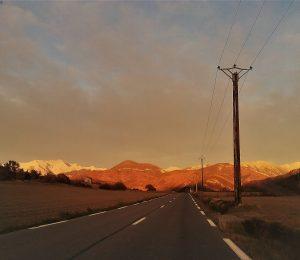 Route (vue sur l'Estrop depuis le Brusquet)