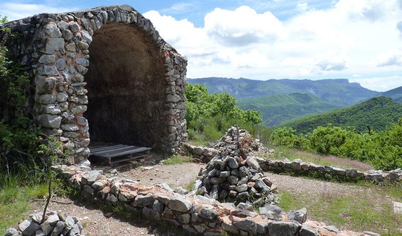 Randonnée les trois chapelles Digne les Bains