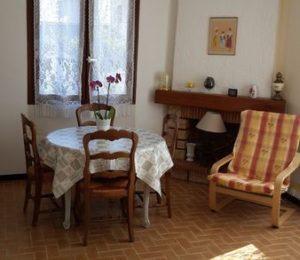 Appartement T2 Giraud Eliane