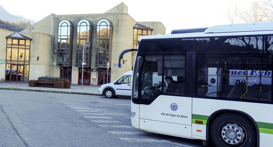 Gare routi re site officiel de l 39 office de tourisme for Gare routiere salon de provence