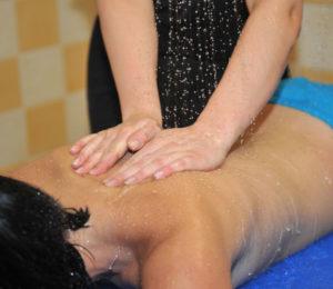 Massage aux thermes