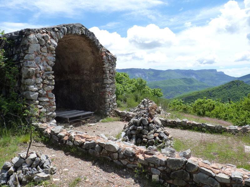 Les trois chapelles N°1 Digne les Bains