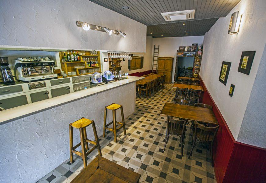 CAFE BISTROT HOTEL DE LA PLACE